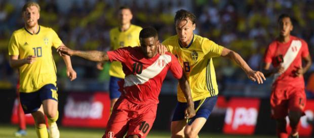 Le Pérou tient la Suède en échec