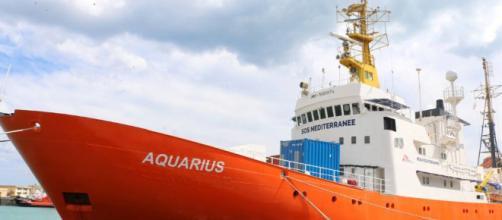 Se ofrece Barcelona como lugar para el araque del buque Aquarius