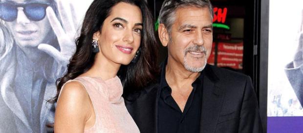 George Clooney recibió un gran homenaje por su carrera actoral en compañía de su esposa Amal Ramzi. - com.au