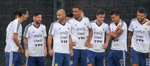 Kreuzbandriss: Dieser Offensivspieler fehlt Argentinien nun bei ... - tz.de