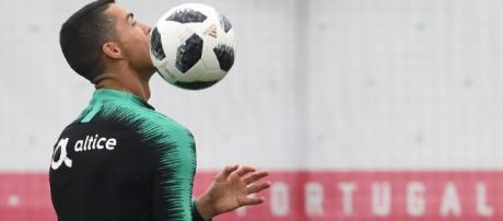 Cristiano Ronaldo tenta título que ainda falta em seu currículo