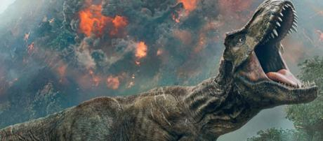 Jurassic World 2 Poster Promises the Park Is Gone - MovieWeb - movieweb.com