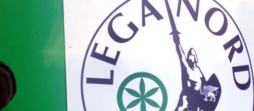 Gli inquirenti indagano sul presunto riciclaggio dei fondi della Lega