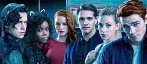 ANTICIPAZIONI TV/ 'Riverdale', la prima stagione in chiaro su La5 da metà giugno