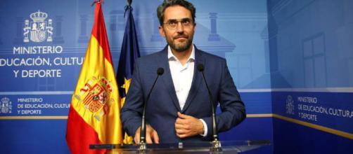 Màxim Huerta anunció su dimisión tras ser acusado de fraude fiscal
