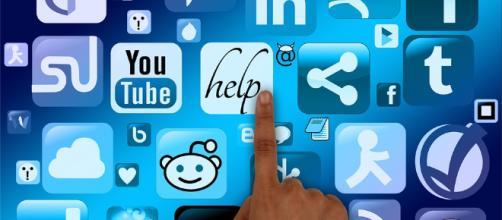 Los juegos juveniles en redes sociales