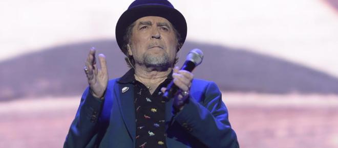 Joaquín Sabina se queda 'mudo' y abandona el escenario en medio de un concierto