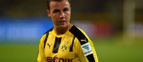 Mario Gotze recovering in Munich as Borussia Dortmund confirm he ... - mirror.co.uk