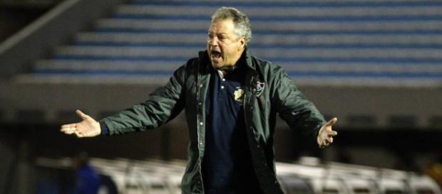 Abel defende gestão, mas pede reforços para o Fluminense (Foto: Gazeta Esportiva)