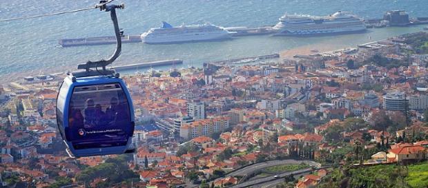 Teleférico na cidade do Funchal