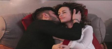 Trono Classico news, Sara e Luigi sono una coppia: la frecciatina ... - blastingnews.com