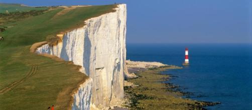 Inghilterra, tre morti trovati sotto la scogliera di Beachy Head