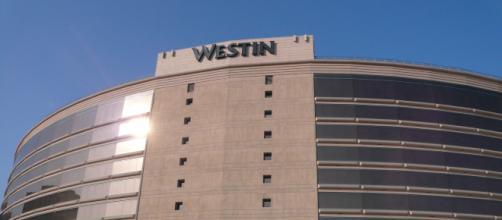 Westin Hotel image. - [Michael Gray / Wikimedia Commons]