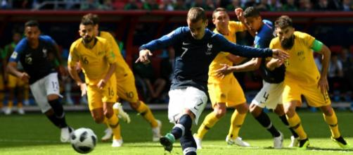 VAR en el Mundial: estreno exitoso en el Francia-Australia