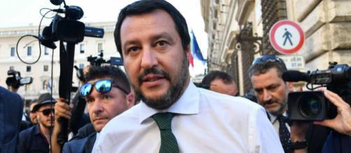 Matteo Salvini chiude i porti italiani alle navi Ong