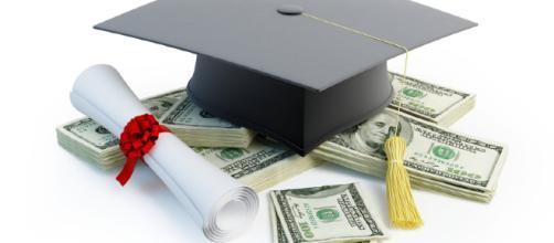 Premi di laurea: bandi in scadenza a luglio