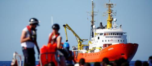 Francia se ofrece a acoger a una parte de los inmigrantes del 'Aquarius'