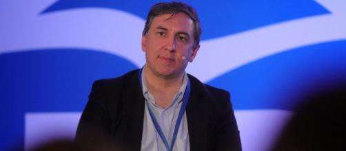 José Ramón García-Hernández presenta su candidatura para presidir el PP