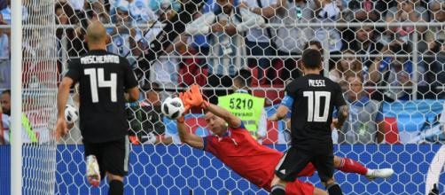 Islandiaempata contra Argentina en un gran debut en el Mundial