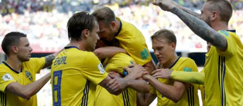 Granqvist anota gol de Suecia ante Corea del Sur