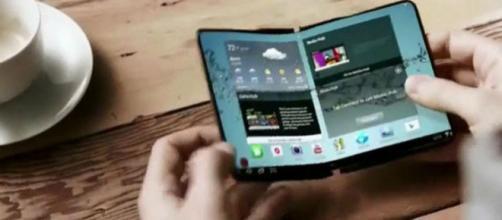 Le Galaxy X continue de faire parler de lui, alors que Samsung pourrait lancer sa commercialisation en 2019.