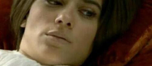 Una Vita: Teresa perde il bambino che aspettava da Mauro.