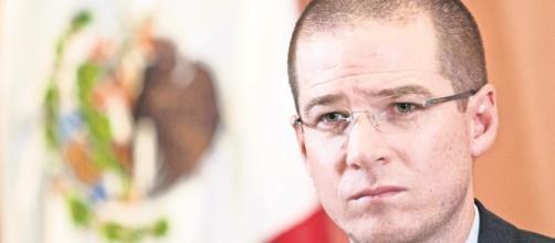 Ricardo Anaya contrata a la casa de encuentas 'Massive Caller' y le sirve de poco