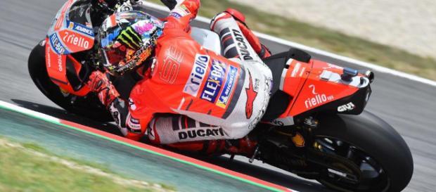 Jorge Lorenzo logra en Montmeló su primera pole con Ducati ... - motorbikemag.es