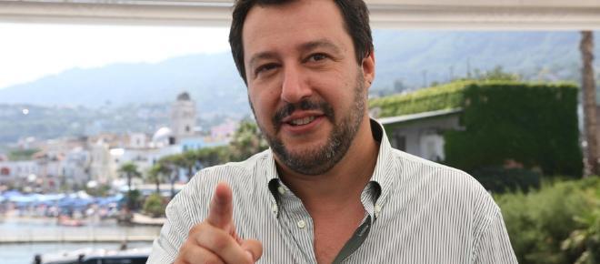 Salvini annuncia incontro con il Papa, la Santa Sede: 'Non è in programma'