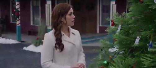 Elizabeth, potrayed by Erin Krakow, will be preparing to give birth in the 2018 'When Calls the Heart' Christmas movie. HallmarkChannel/YouTube