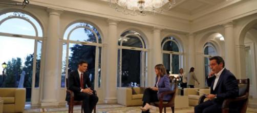 Pedro Sánchez concedió su primera entrevista como presidente en el Palacio de la Moncloa