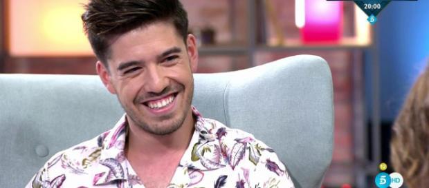 Viva la vida: Roi usó su buen sentido del humor en la entrevista con Toñi Moreno (Resumen)
