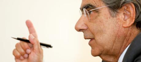Ex-presidente do STF, Carlos Ayres Britto, cita a Constituição Federal ao comentar sobre intervenção militar