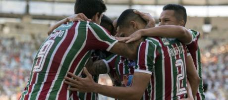 Flu vai a Curitiba em busca de mais três pontos e permanência no G-4 do Brasileirão (Foto: Lancepress)