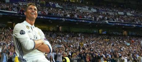 Mercato : Cristiano Ronaldo voudrait quitter le Real Madrid, mais ... - eurosport.fr