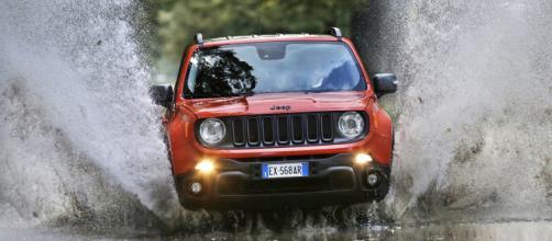 Jeep Renegade è l'auto più venduta del segemnto C a maggio - automercatotorino.it