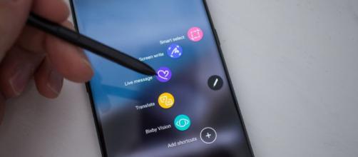 Se informa que Samsung pretende lanzar el teléfono a fines de agosto.