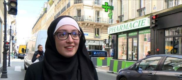 Maryam Pougetoux, responsable de l'UNEF, pôle de controverses à propos du voile en France
