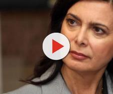 """Laura Boldrini contro Matteo Salvini: """"Che uomo è chi dice 'pacchia finita'?"""""""