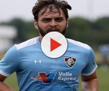 Pouco tempo depois de vir do Oriente Médio, Nathan Ribeiro pode deixar o Fluminense (Foto: Lucas Merçon)