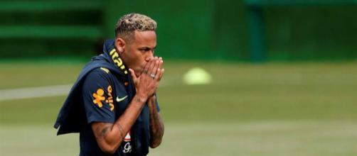 Alarma en Brasil: Neymar abandona el entrenamiento por dolor en el ... - laprensa.hn