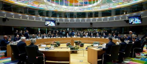 Consejo Europeo plantea desarrollo de centros para inmigrantes en países fuera de la UE