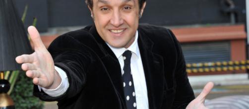 Flavio Insinna torna in tv, al timone de L'Eredità
