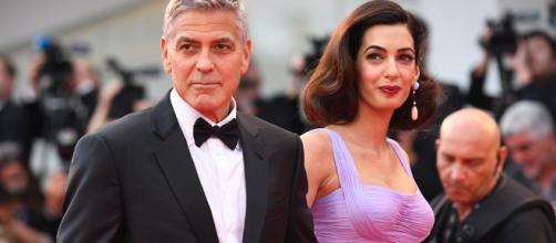 George y Amal Clooney donan 100.000 dólares a centro que recibe niños migrantes