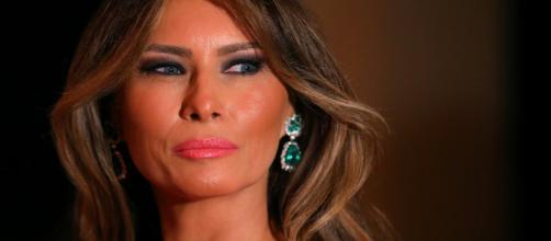 EE.UU./ Melania Trump visita centro de niños separados de sus padres, enTexas