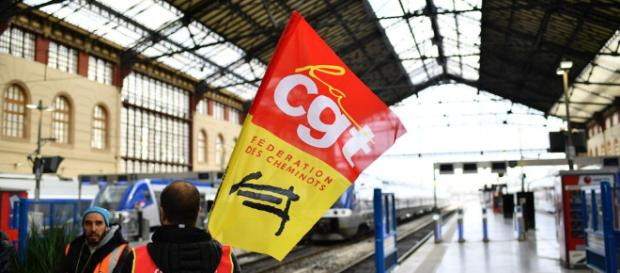 SNCF : la CGT veut poursuivre la grève en juillet - Libération - liberation.fr