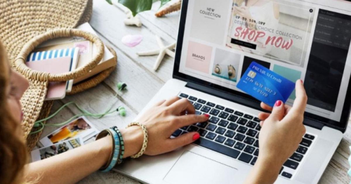 0112d572faa9 Shopping online