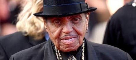 Joe Jackson, father of Michael Jackson, dies at 89. - [Entertainment Today / YouTube screenshot]