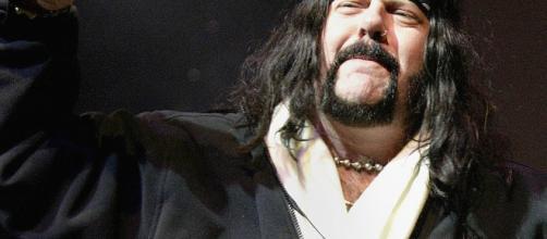 Ex-baterista, e um dos fundadores do Pantera, Vinnie Paul.