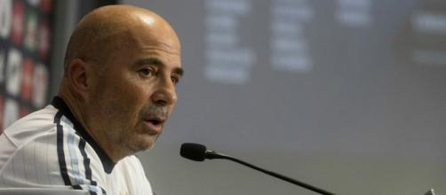 Jorge Sampaoli se responsabiliza por la derrota de la selección argentina